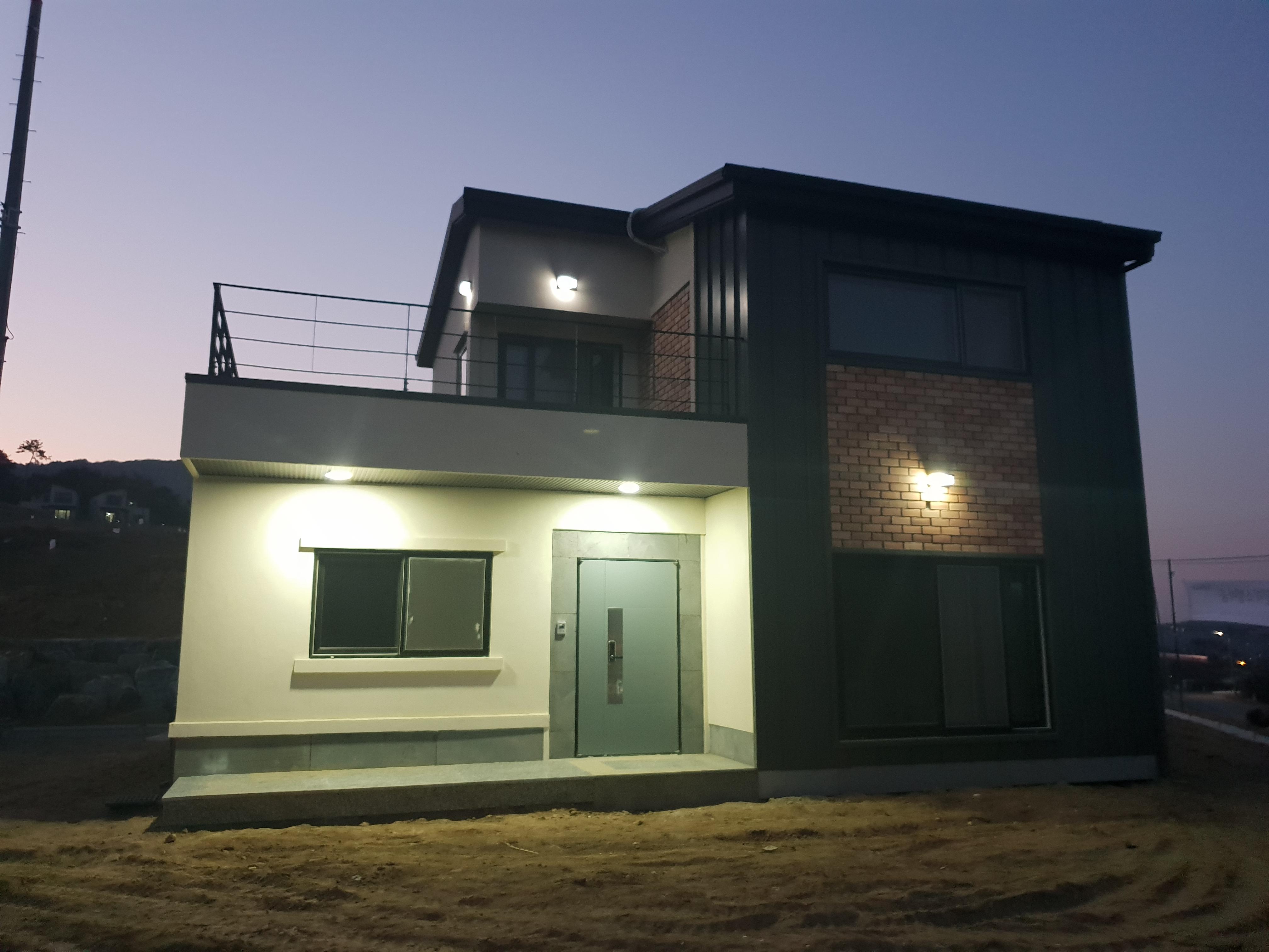 아산시 배방읍 수철리 폴리캠하우스&슬림벽돌레일 시공사진
